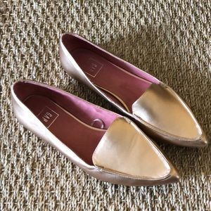 GAP rose gold loafers